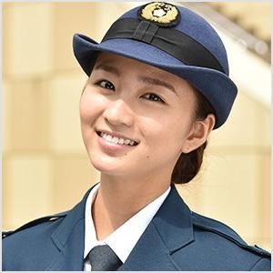 岡崎紗絵 サイレーン 婦警