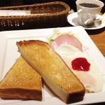 大阪難波で7時台早朝からの朝ごはんならおすすめのカフェ定食うどん